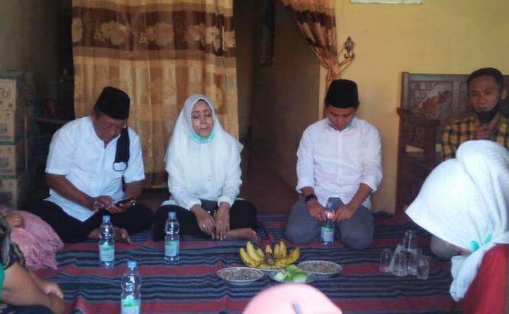 Ikfina dan Gus Bara Pasangan Cabub dan Cawabub Mojokerto Peduli Wong Cilik