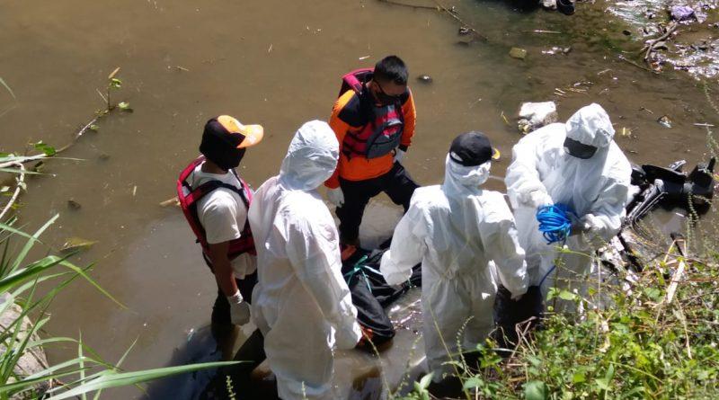 Mayat Laki Laki Ditemukan Tewas Mengambang di Sungai Desa Plumpung