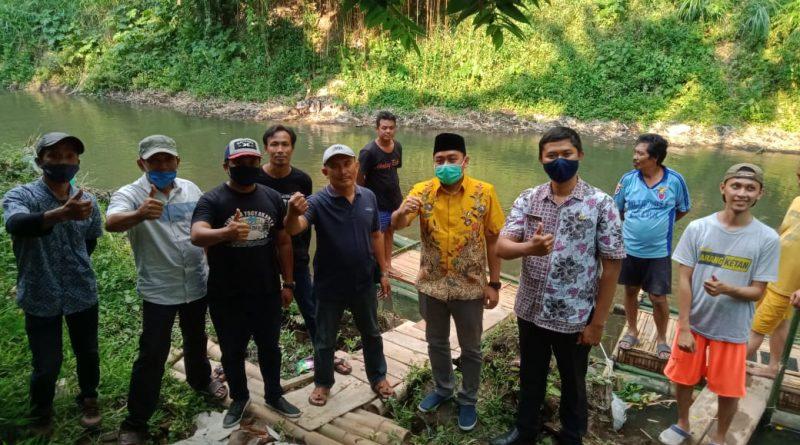 SURYADI anggota DPRD Kota Malang Sumbang 3000 Bibit IKAN