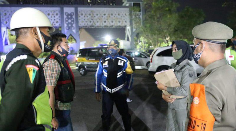 Jajaran Polres Jombang melaksanakan Patroli Gabungan Skala besar, menindaklanjuti Inpres no.6 Thn.2020