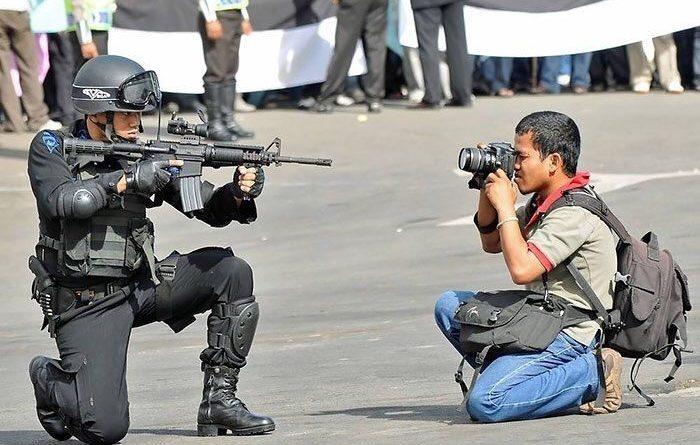 Tidak Terima DIBERITAKAN Terkait Dugaan PUNGLI Pogram PTSL, Istri Kades Kedung Gede Dlanggu Angkat BICARA : Wartawan Itu RACUN Dunia